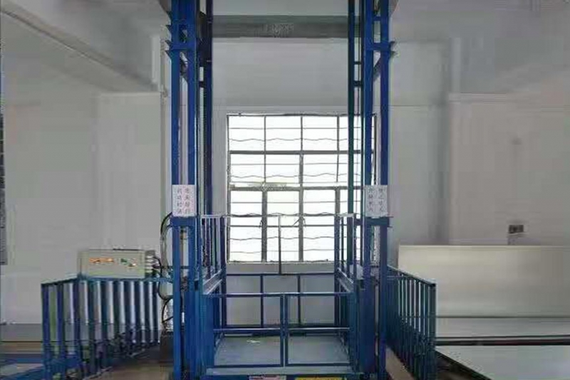 液压升降货梯需要注意什么